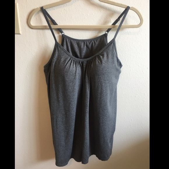 32 Degrees Tops - 32degree tank tops with built in bras